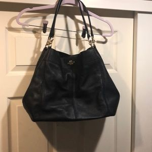 Large black lexy shoulder bag from Coach.